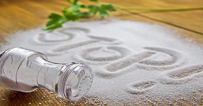 asiri-tuz-kullanimi-1c683ef299fa3785c1c9 Sağlıklı Beslenmenin Temel Maddeleri