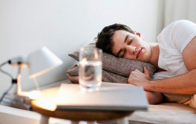 uykudan-once-su-icmek-zararli-mi Metabolizma Hızlandırma Yolları