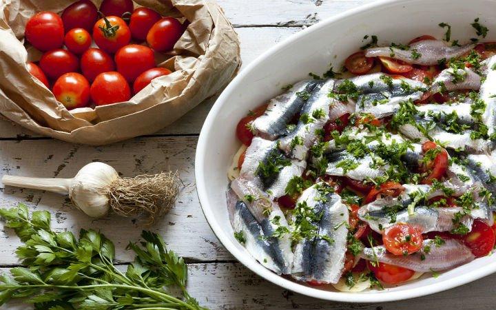 firinda-sardalya-tarifi-e1448290559499 Balık Yemekleri | Sağlıklı Diyet Balık Tarifleri