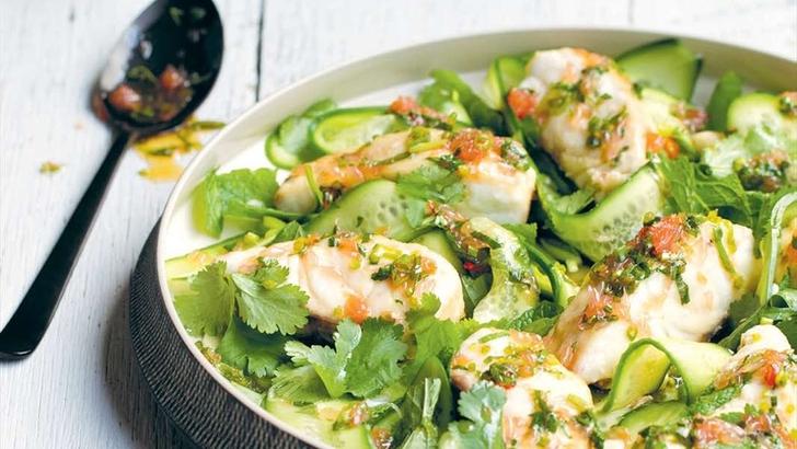 levrekli-kuzukulağı-salatası Balık Yemekleri | Sağlıklı Diyet Balık Tarifleri