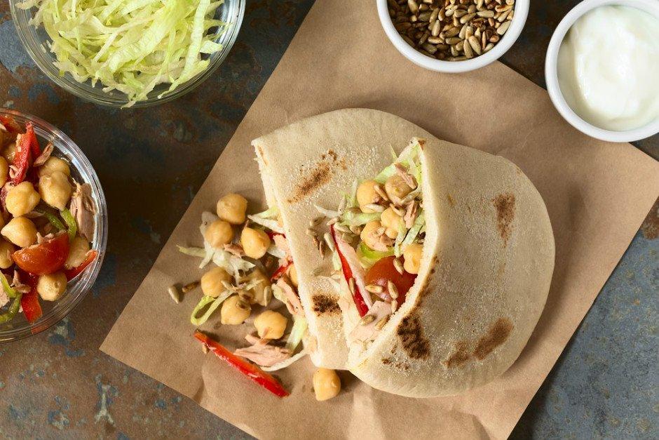 nohutlu-tonbalikli-pita-sandvic-tarifi Sağlıklı Diyet Atıştırmalık Tarifleri