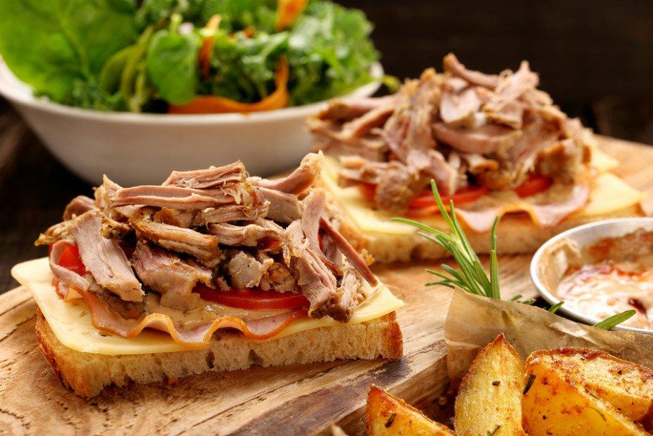 soya-soslu-hindili-ekmek-dilimleri Sağlıklı Diyet Atıştırmalık Tarifleri