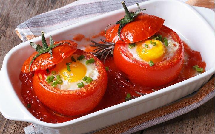 yumurtali-domates-dolmasi-tarifi Sağlıklı Diyet Atıştırmalık Tarifleri