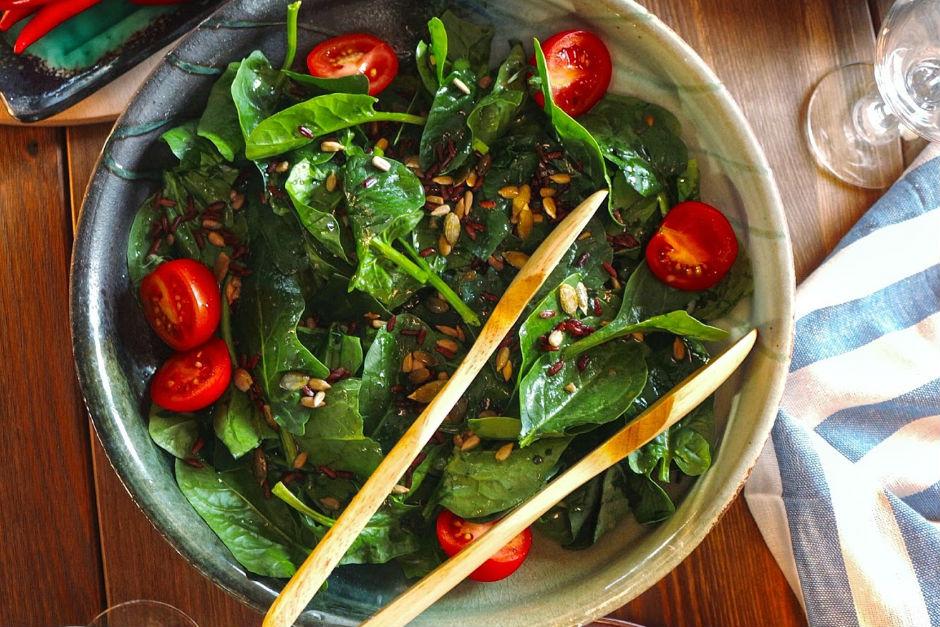 ispanak-salatasi Detox Tarifleri ve Detox Diyeti Listesi