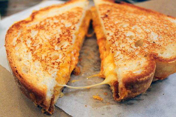 635978834821435409-1942569341_2014131-grilled-cheese Sahur Yemekleri Menüsü Tarifleri