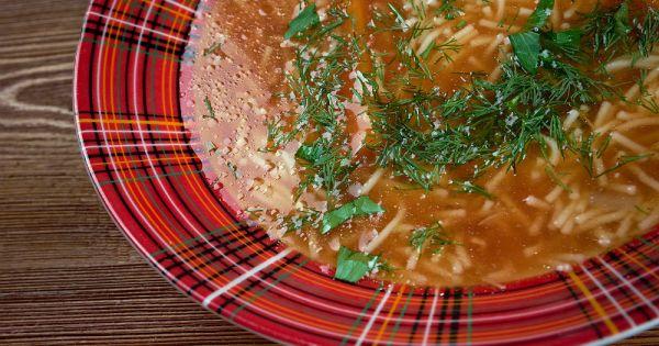 domatesli-sehriye-corbasi-tarifi Türk Mutfağı Yemek Tarifleri