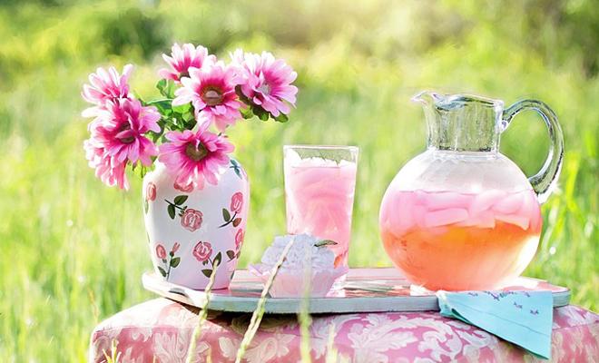 pembe-limonata Ev Yapımı İçecek Tarifleri