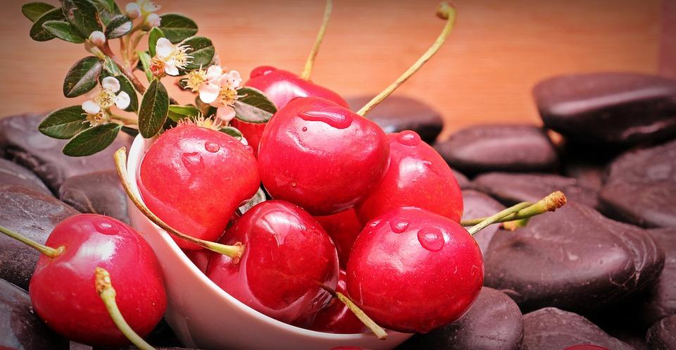 cherries-1431310_960_720 Kirazın Faydaları Nelerdir ve Kiraz Diyeti Nasıl Yapılır?