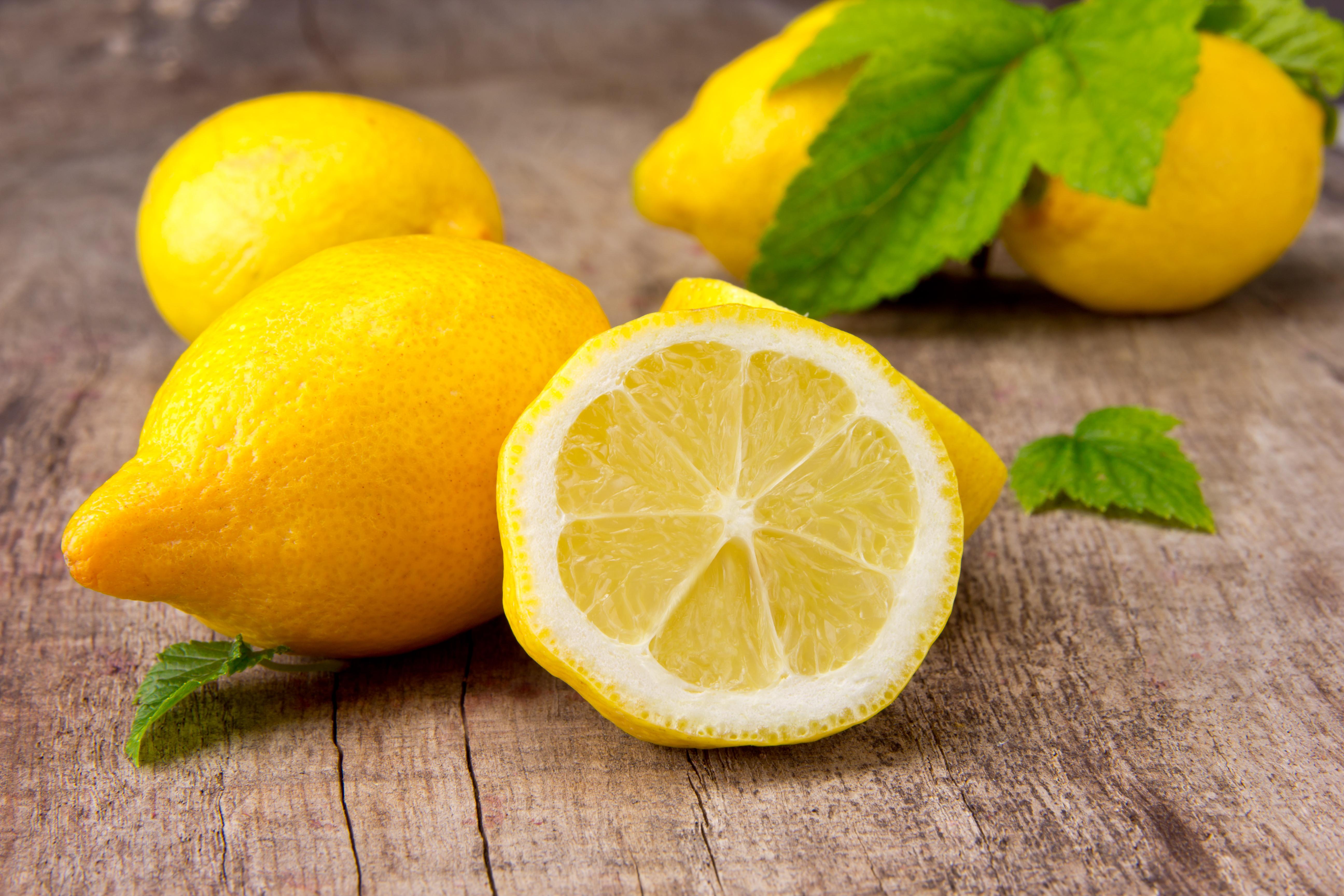shutterstock_109833860 Limonun Faydaları Nelerdir ve Limon Diyeti Nasıl Yapılır?