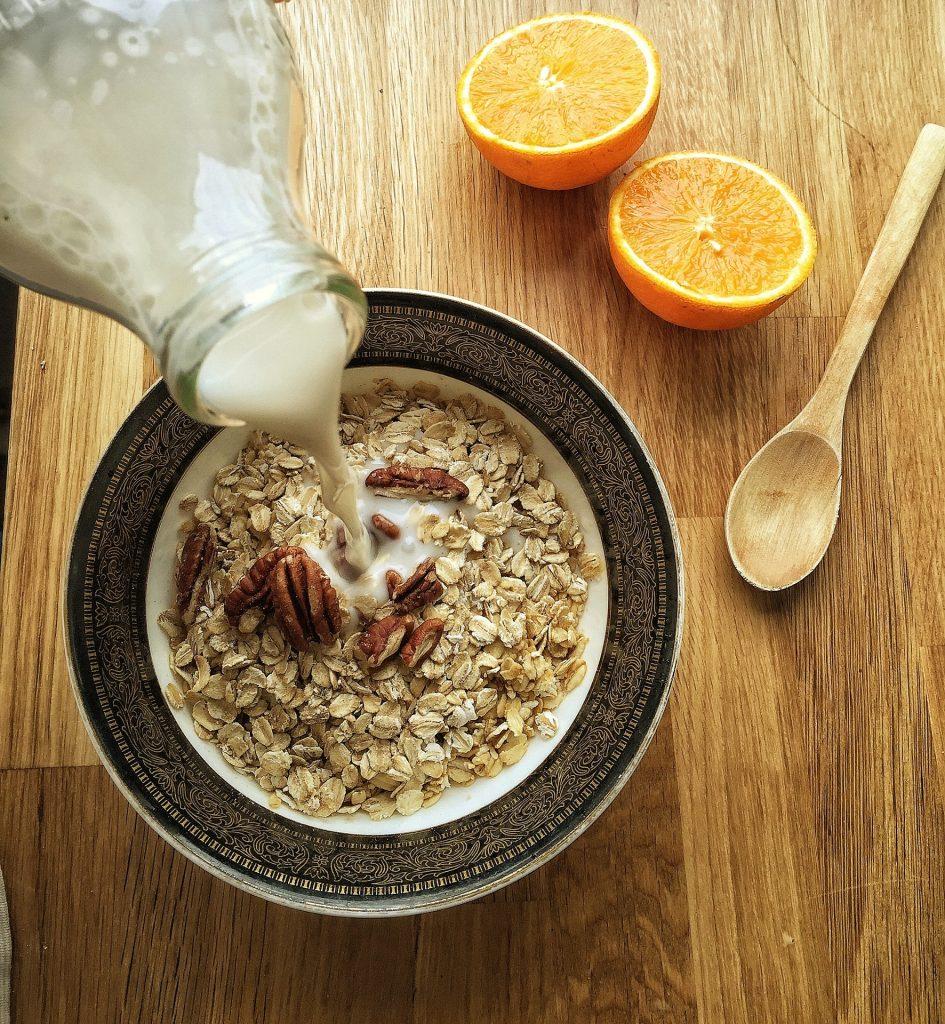 yulaf-ezmesi-protein-945x1024 Düşük Karbonhidrat Diyeti ve Diyet Listesi