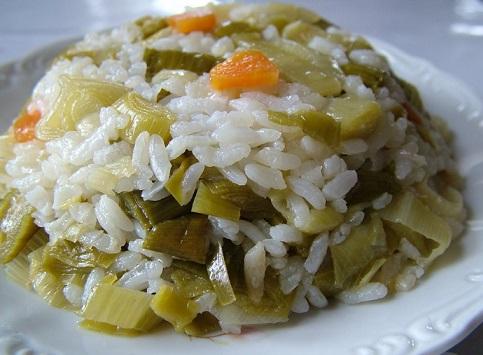 pırasalı-pilav-tarifi Türk Mutfağı Yemek Tarifleri