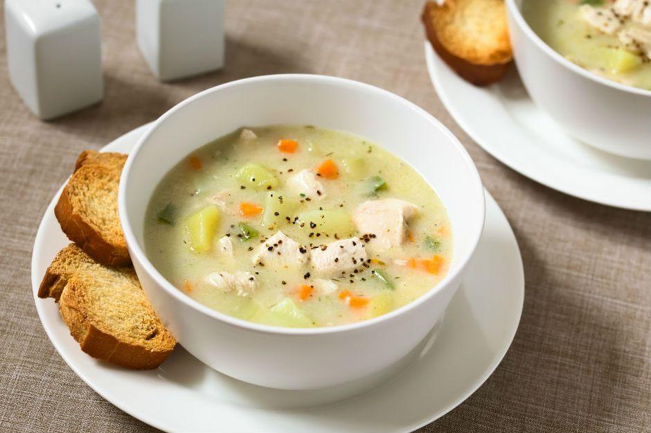 terbiyeli-sebzeli-tavuk-corbasi-tarifi Ramazan Ayı 24. Gün İftar Menüsü